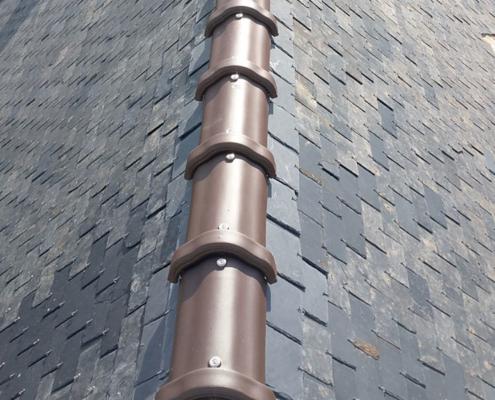 Dépannage toiture, fuites à Nantes - Le Petit Artisan du Coin - Remplacement faîtage